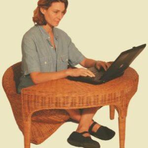 Table Lotus pour le fauteuil en rotin