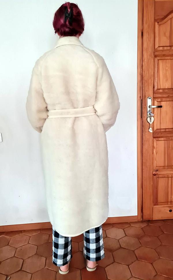 robe_de_chambre_en_laine_dos